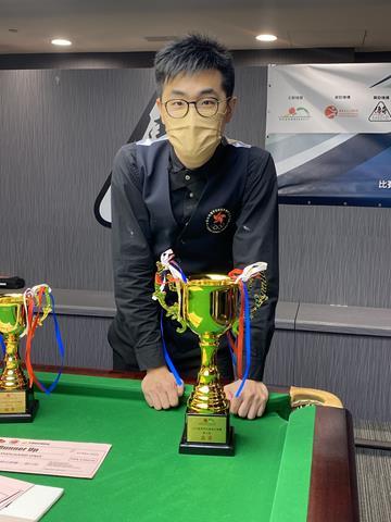 亞軍 2nd Place: 譚潤峰 Tam Yun Fung