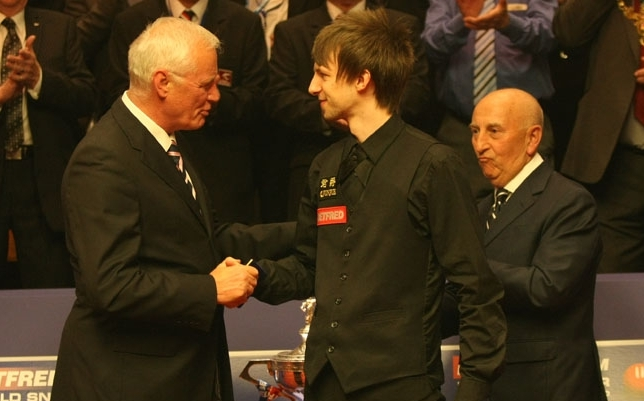 Judd Trump - Runner Up, congratulates by Barry Hearn - Presidient of WSC
